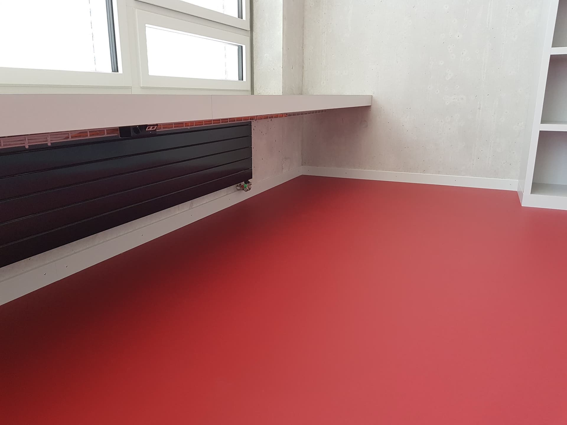 Bodenabschlussleiste und Fußboden Abschlussleiste