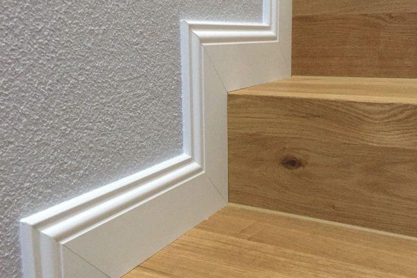 sockel-leiste-treppe