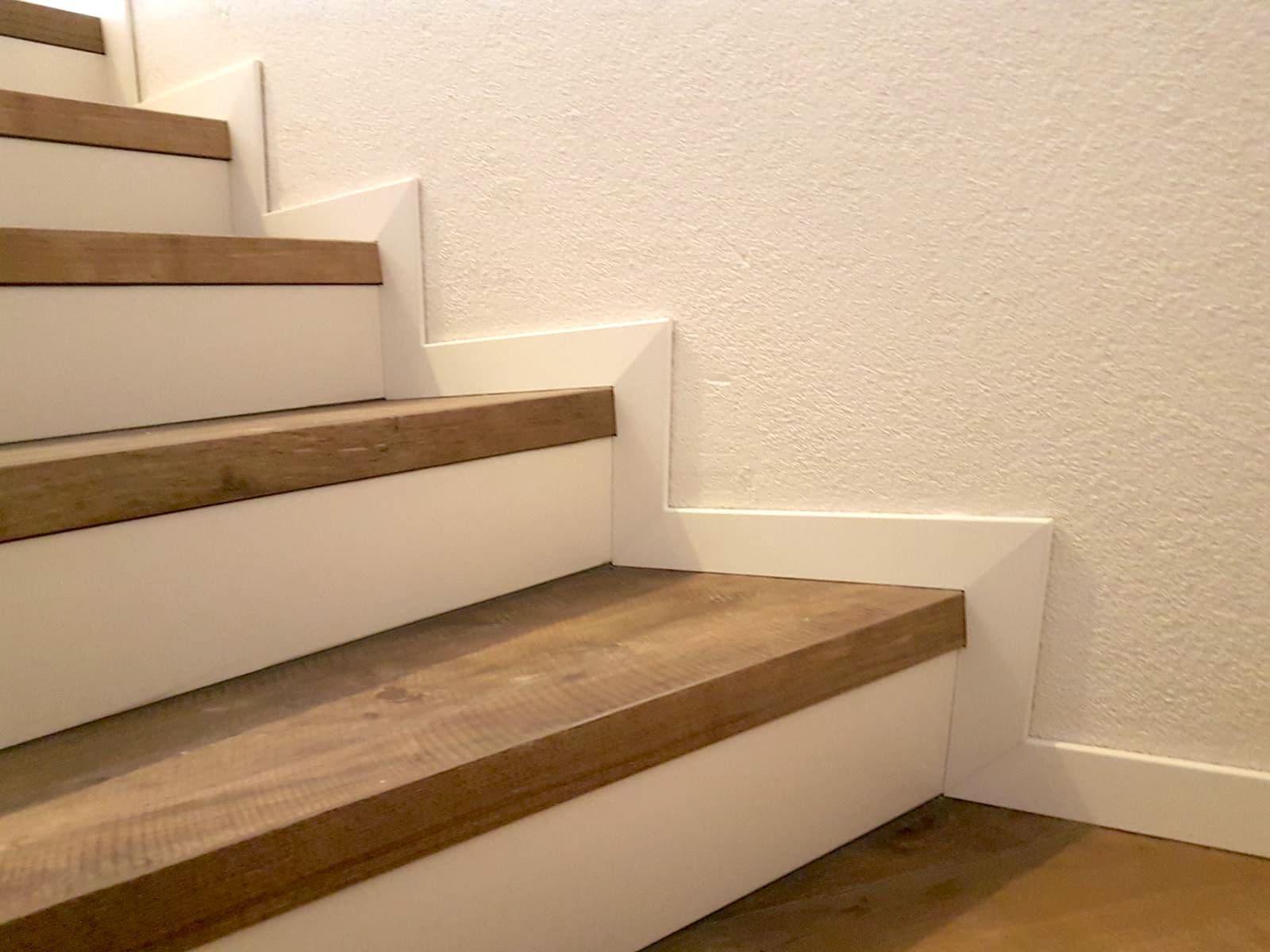sockelleiste treppe